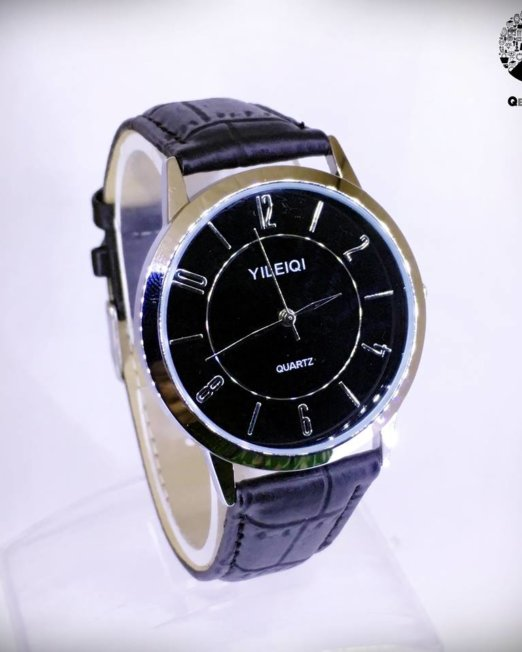YILEIQI Black Wrist Watch
